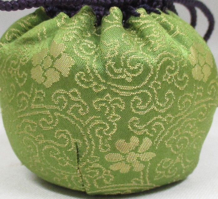 Fine details of embroidered shikufu